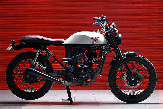 Honda 150 Cafe Racer by Mrutyunjaya Dash