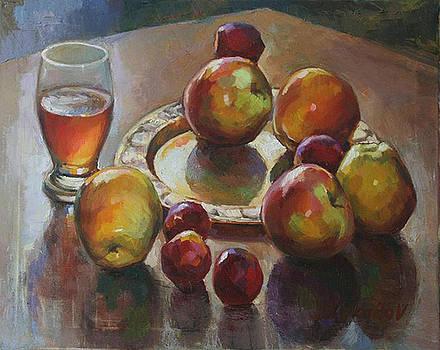 Honey Aplles by Vadim Makarov