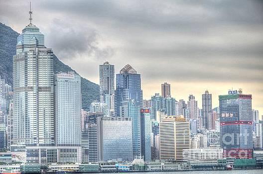 Hong Kong China by Bill Hamilton