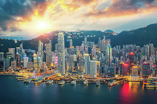 Hong kong city skyline by Anek Suwannaphoom