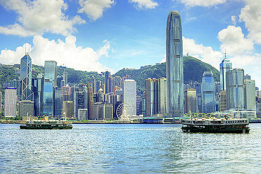 Hong Kong Island, Cnetral District and Harbour by Chris Smith