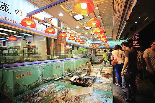 Hong Kong night market by Virginie Blanquart