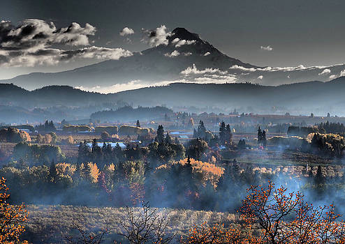 Hood River Valley Autumn by Kevin Felts