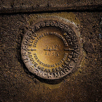 onyonet  photo studios - Hoover Dam Geodetic Marker