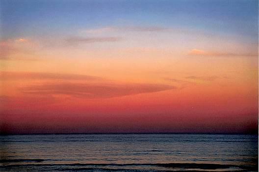Horizontal  Number 1 by Sandra Gottlieb