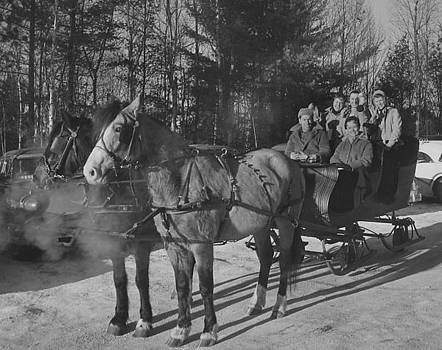 Chicago and North Western Historical Society - Horse-Drawn Sled at Ski Lodge -1959