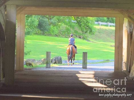 Tami Quigley - Horseback Through The Covered Bridge
