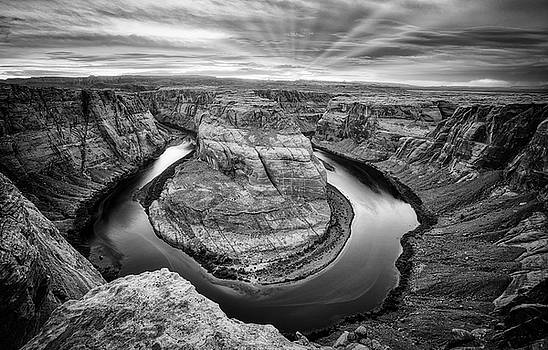 Horseshoe Bend bw by Jerry Fornarotto