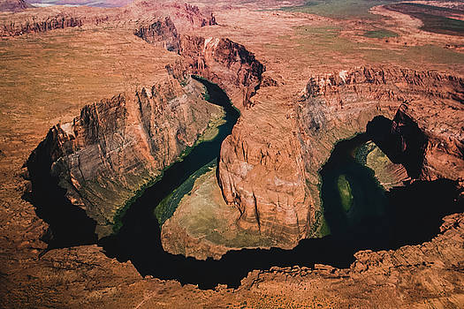 Horseshoe Bend by Yolanda Nussdorfer