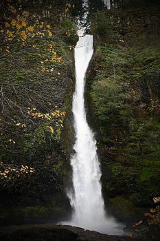 Horseshoe waterfall by LesJardins Photography
