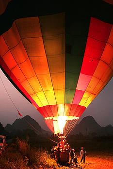 Hot Air Ballon at Dawn by Jed Holtzman