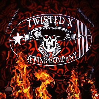Hot N Twisted X by Kevin Caudill