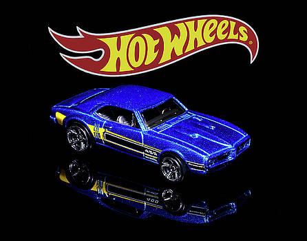 Hot Wheels '67 Pontiac Firebird 400-2 by James Sage