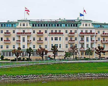 Robert Meyers-Lussier - Hotel Sacher Study 1
