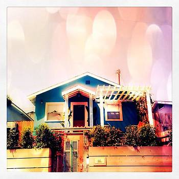 #house #venicebeach #california by Trek Kelly