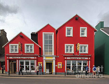 Houses in Dingle by Joerg Lingnau