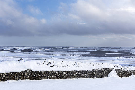 David Taylor - Housesteads in the snow