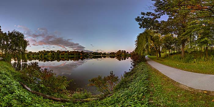 Chris Bordeleau - Hoyt Lake Autumn Twilight