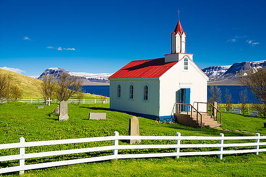 Hrafnseyri church in Iceland by Matthias Hauser