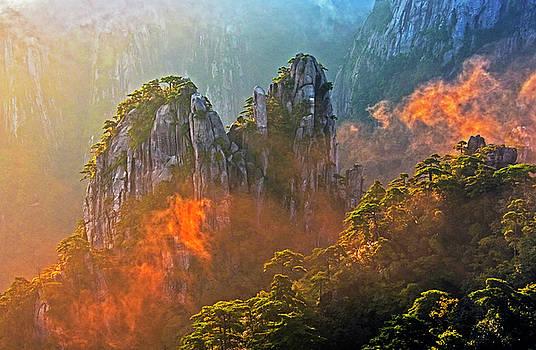 Dennis Cox - Huangshan Morning Mist