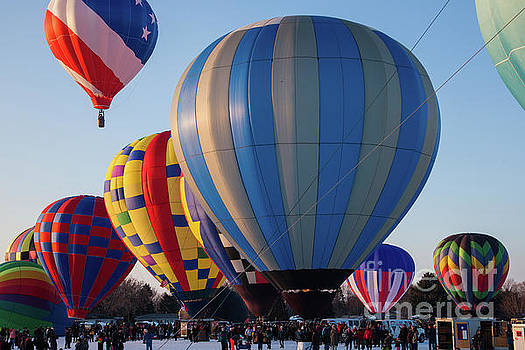 Hudson Hot Air Balloon Festival 2018 Perfect Launch by Wayne Moran