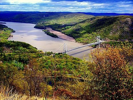 DazzleMe Photography - Hudson River Vista Bear Mountain Bridge