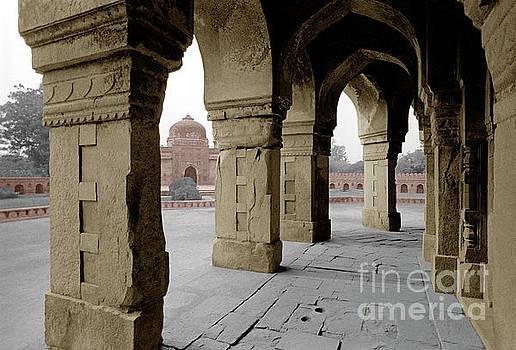 Craig Lovell - Humayans Tomb - Delhi India