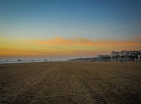 Huntington beach, CA by Hyuntae Kim
