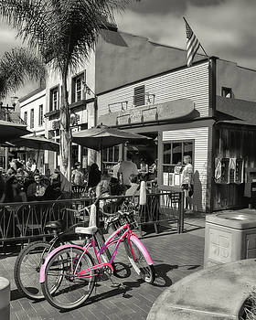 Huntington Beach Longboard Restaurant and Pub by Rich Beer