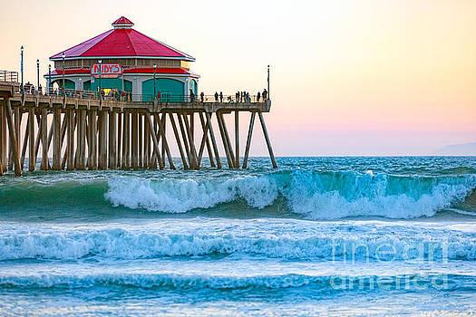 Huntington Pier by Anthony Baatz