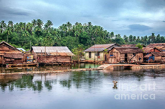 Huts1  by Charuhas Images