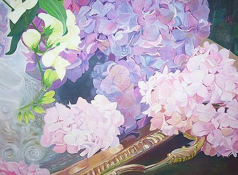 Hydrangea by Ewald Smykomsky