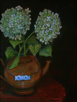 Hydrangea teapot by Rena Buford