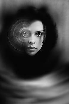 Hypnosis   by Mayumi Yoshimaru