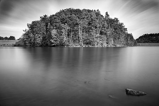 Iberg Dam by Andreas Levi