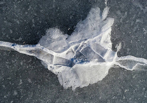 Ice Fracture Patterns by Steven Ralser