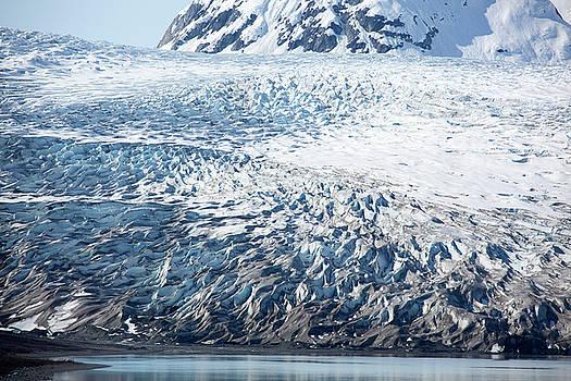 Ramunas Bruzas - Ice Waves