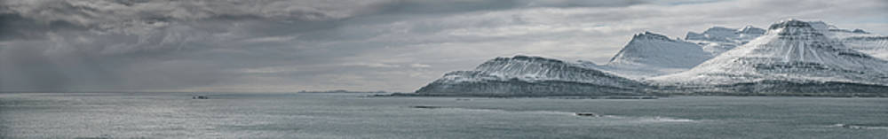 Iceland East Coast Panorama by Andy Astbury
