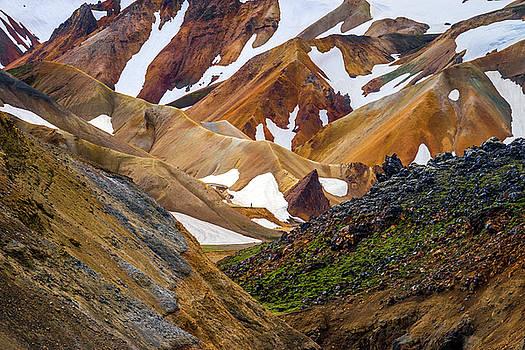 Iceland hiker by Swen Stroop