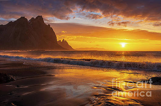 Iceland Stokksnes Sunrise Waves by Mike Reid