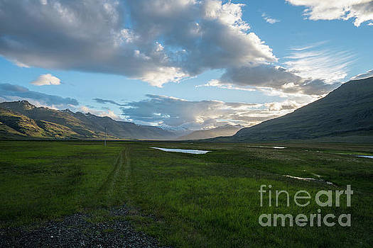 Iceland The Road Home by Mike Reid