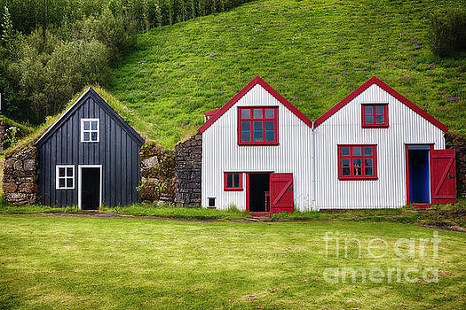Icelandic Farmhouses by George Oze