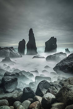 Icelandic Storm Beach and Sea Stacks. by Andy Astbury