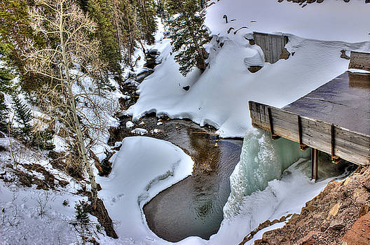 Icewall Falls by Scott Harris