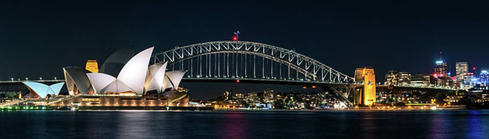 Iconic View of Sydney at Night by Daniela Constantinescu