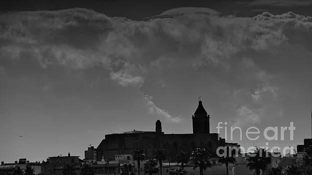 Iglesia de la O and the Clouds by Tony Lee