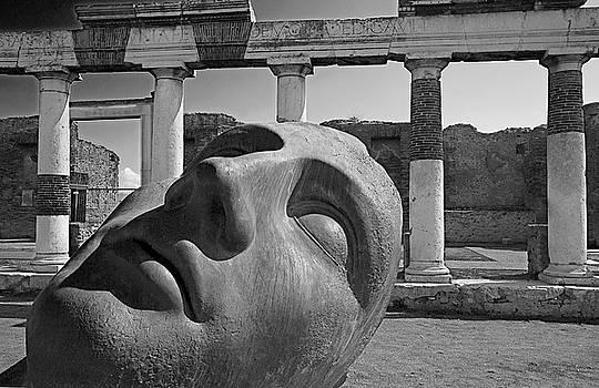 Igor Mitoraj sculptor Pompeii ruins by Jim Wallace