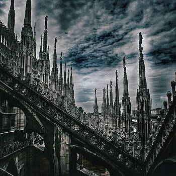 Il Duomo Milan Study 18 by Leonard Rosenfield