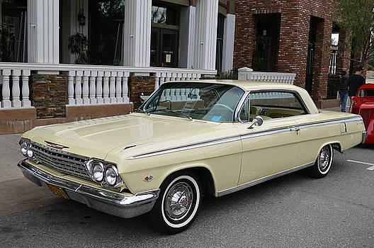 Impala at Temecula by Bill Dutting