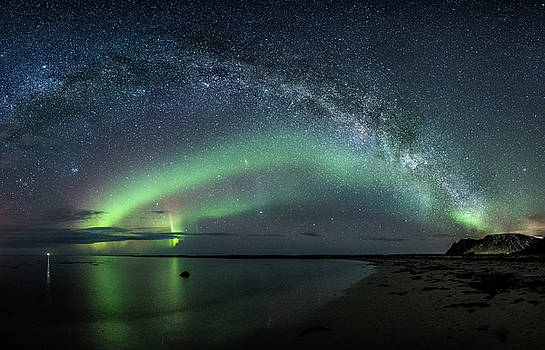 In the darkest hour by Frank Olsen